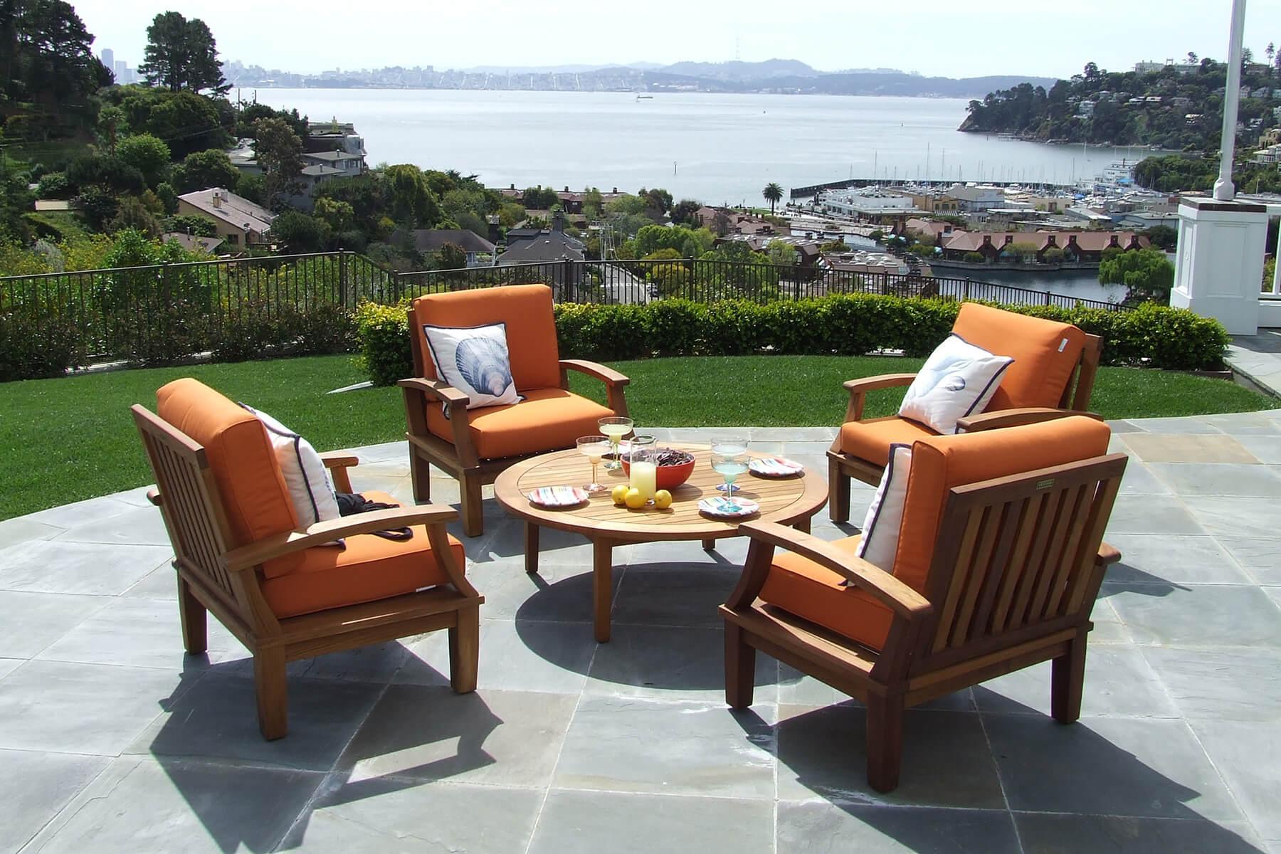 Prepare Outdoor Furniture for Winter